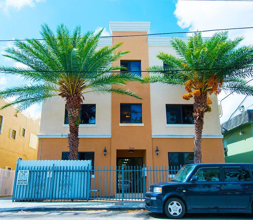 Apartments - Miami - 1044 SW 3rd Street