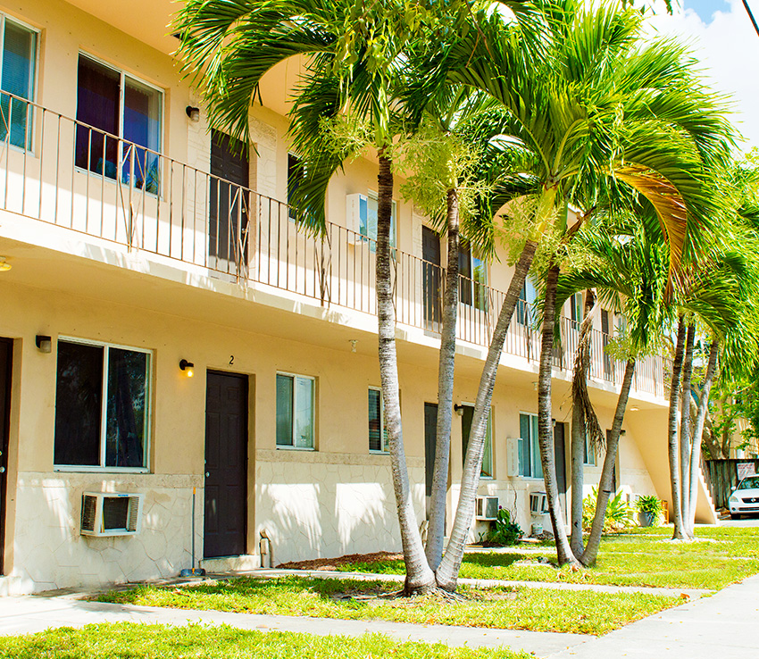Apartments - Miami - 701-731 SW 5th Street